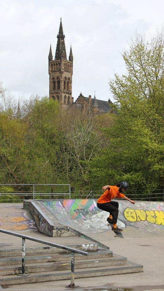 Skateboarder Kelvingrove park
